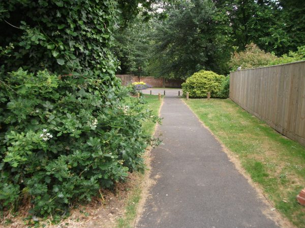 Appley Estate Path To Beach