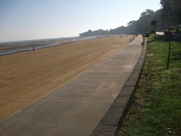 Appley To Seaview Seawall Walk