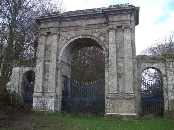 Appuldurcombe House Gate Entrance
